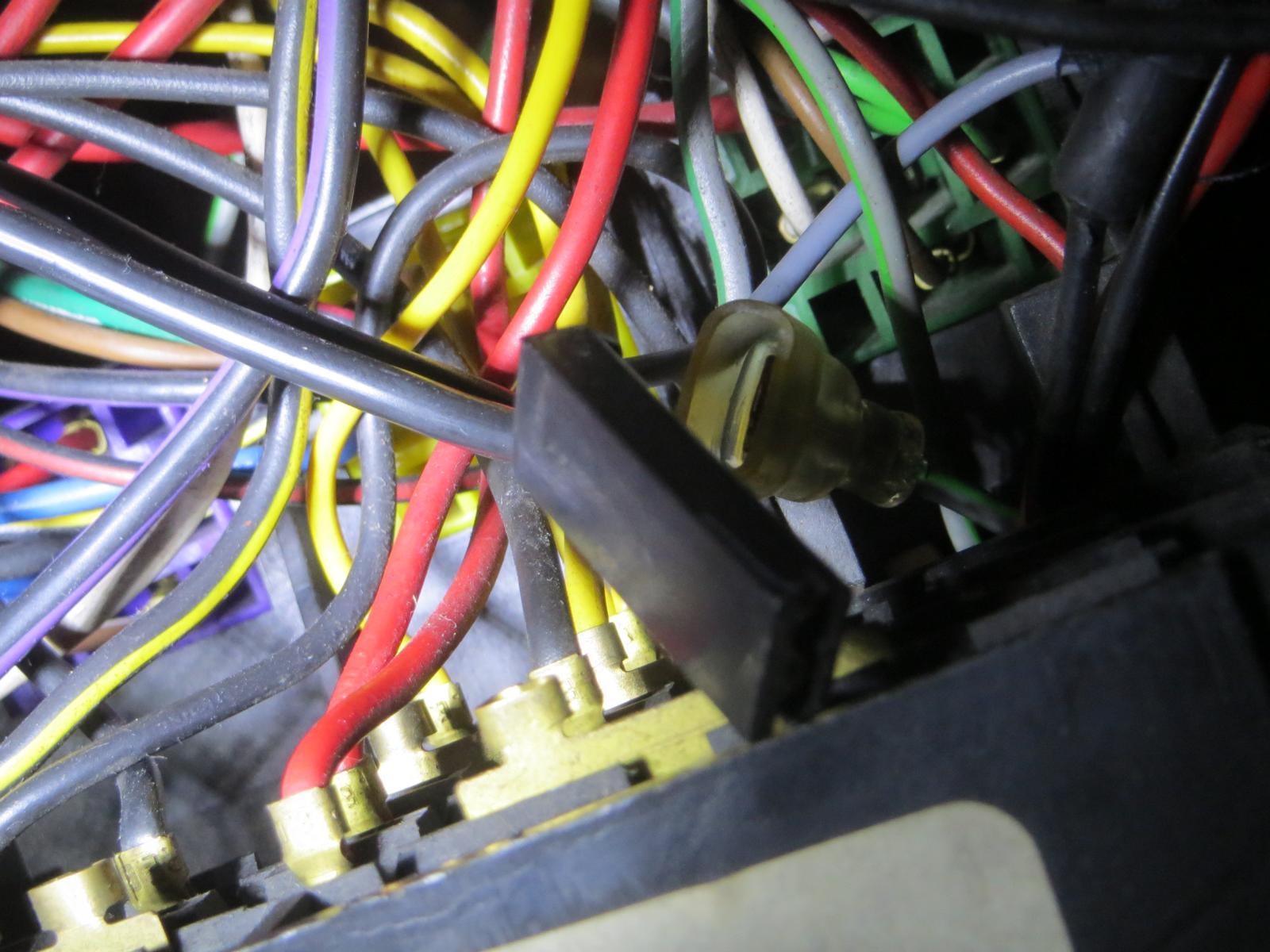 Ziemlich Kabel Kadett Schaltplan Galerie - Elektrische Schaltplan ...