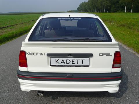 Kadett GT Heckansicht